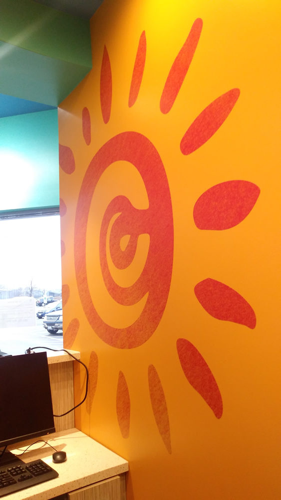 The opening of the Rayito de Sol Spanish Immersion Early Learning Center at 2550 W. Addison, Chicago, involved Gamma in the production of contour cut adhesive vinyl.